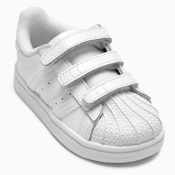 innovative design b57cb 6c87c Adidas Superstar Foundation Velcro Trainers 4K